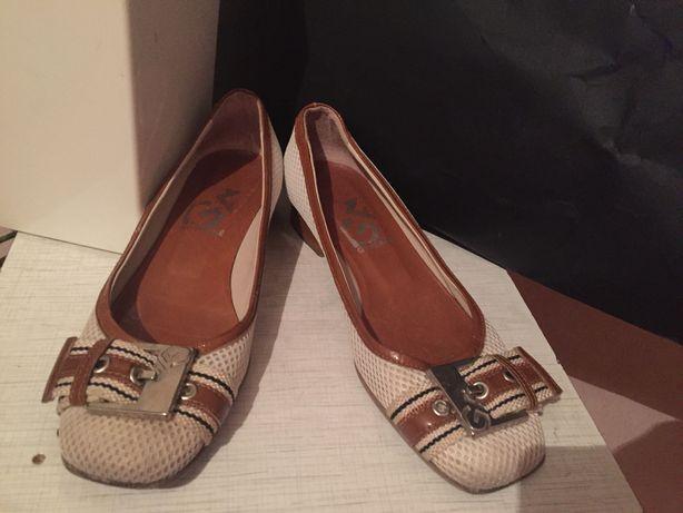 Взуття жіноче Італія