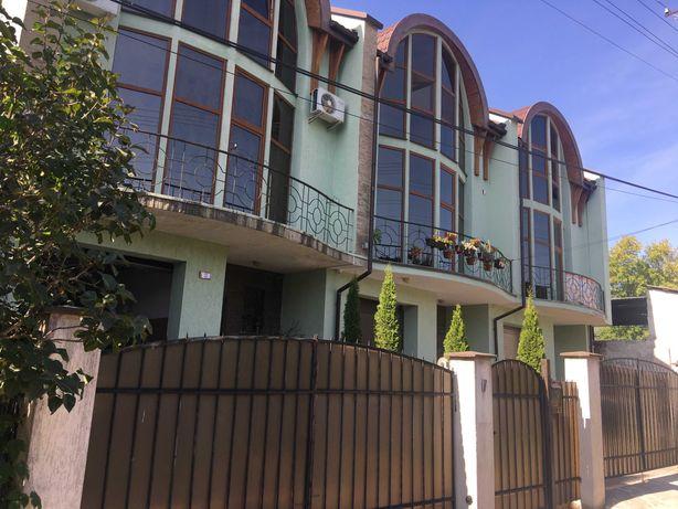 Продаж будинку пл. 222 м2 в м. Львові по вул. Скромній, 33