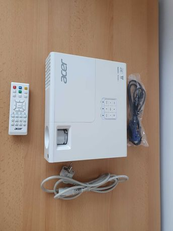 Projektor ACER p1173