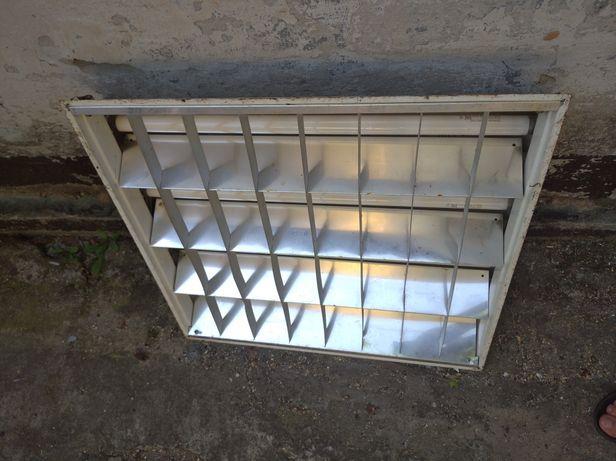 Лампа освещения 220 v