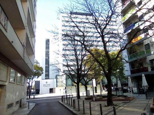 Apartamento T3 em Lisboa, Campo Pequeno