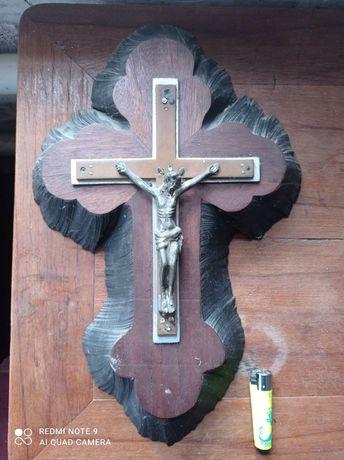 Распятие Иесуса 50е годы ручная работа из цельного куска дерева