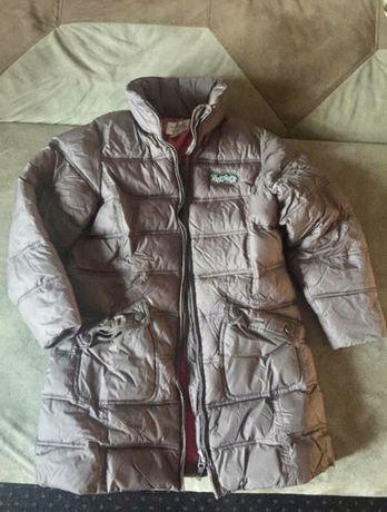 Демисезонная курточка на девочку 6-8 лет