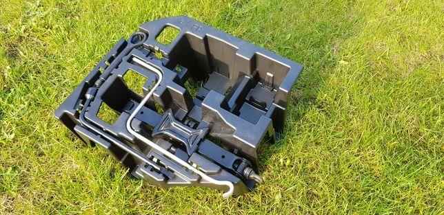 Lewarek podnośnik klucz wkrecane kółko zestaw Toyota Prius 3 III LIFT