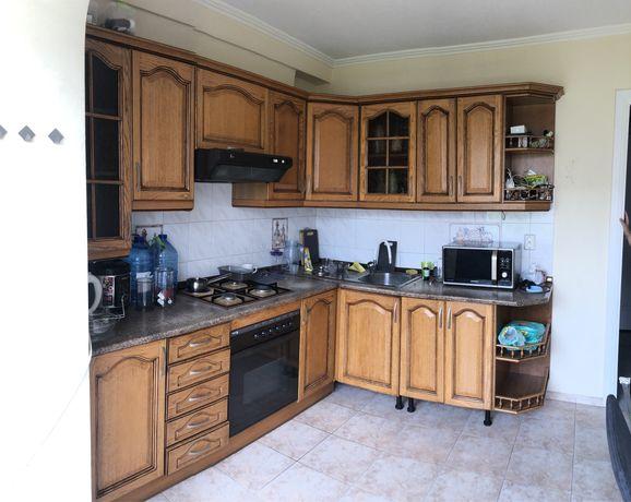Кухня+плита+духовка+вытяжка+холодильник