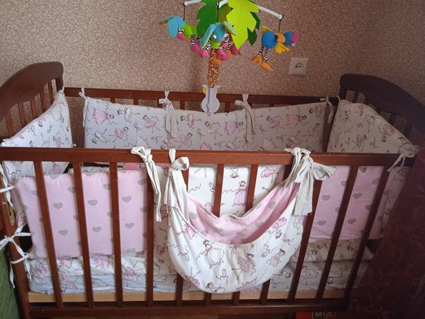 Дитяче ліжко-люлька кроватка коричневого кольору
