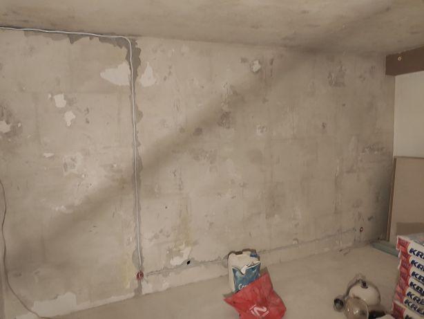 Przygotuje mieszkanie do remontu