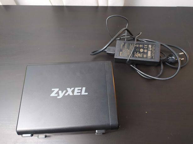 NAS Zyxel 326 serwer dysków