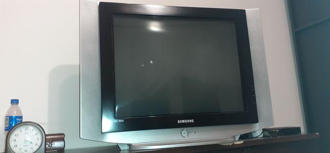 Telewizor LG sprawny