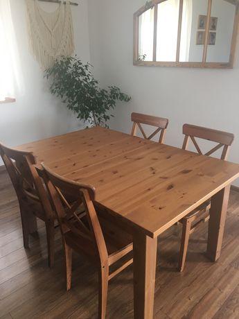 rozkładany drewniany stół i 4 krzesła Ikea