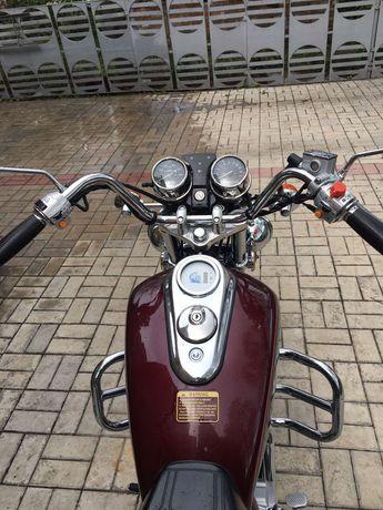 Продам мотоцикл круизёр