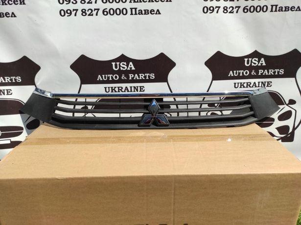 Решетка Mitsubishi ASX 2016-18 Outlander Sport бампер фара хром