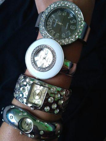 Biżuteria kolczyki zegarki