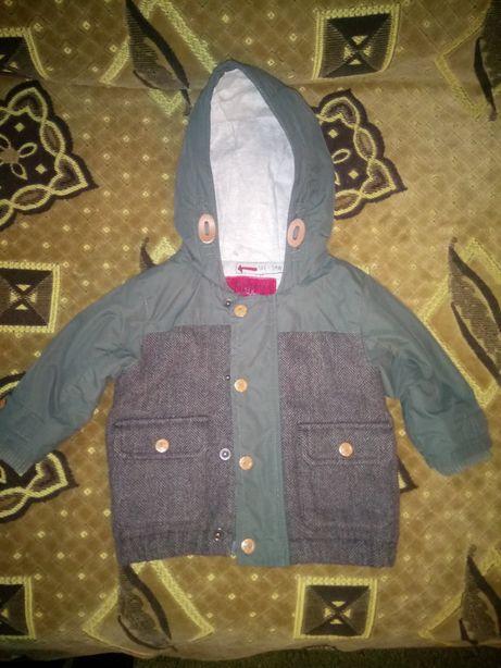 Курточка Next на 6-9 месяцев.