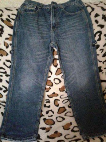 Продам джинсы б/у 3 пары для мальчика 12-15 лет