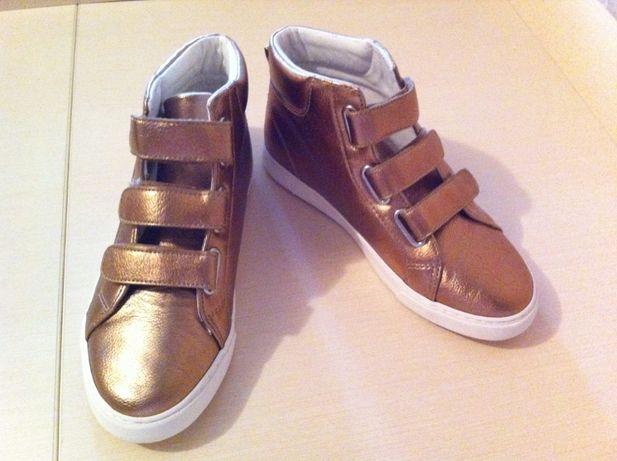 Кеды кроссовки Gymboree НОВЫЕ кожаные, размер 36