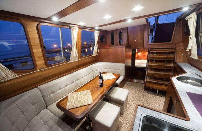 Czarter Jachtu motorowego Nautiner 40 , houseboat , jacht motorowy