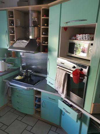 Zestaw mebli kuchennych, piekarnik, płyta ceramiczna, okap, zmywarka