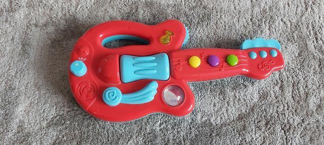 Pierwszą gitara dla maluszka
