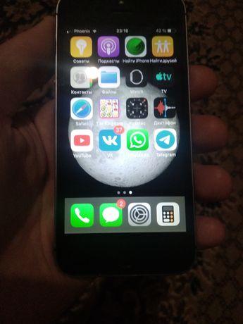 Продам iPhone 5S 3000