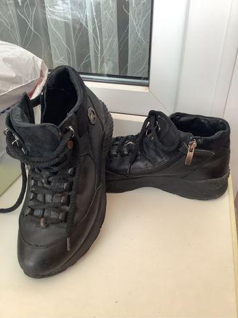 Осенние подростковые ботинки Мида