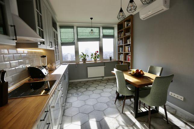 Продам видову 3 кімнатну квартиру з новим дизайнерським ремонтом та ер
