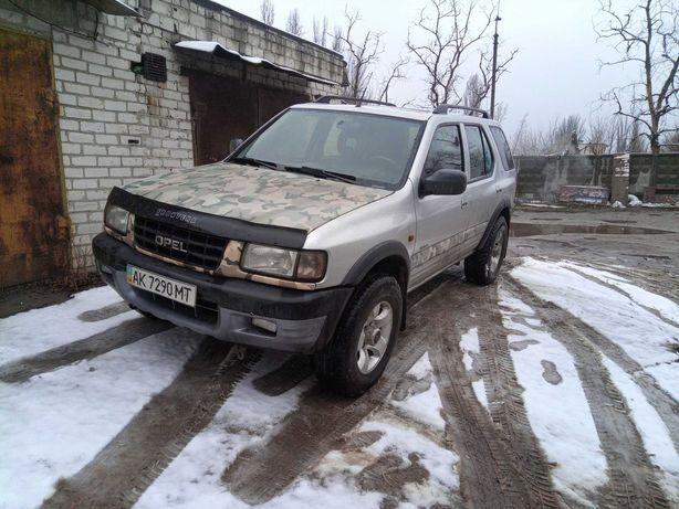Opel Frantera 2000
