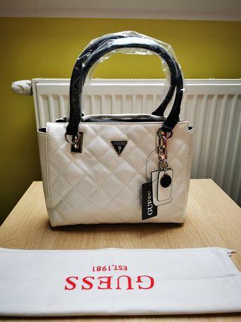 Piękna torebka damska marki Guess