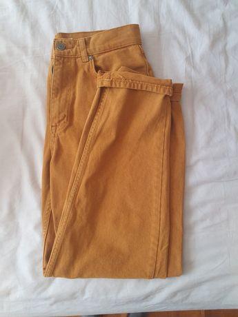 Mom jeans amarelas torrado NOVAS pull and bear