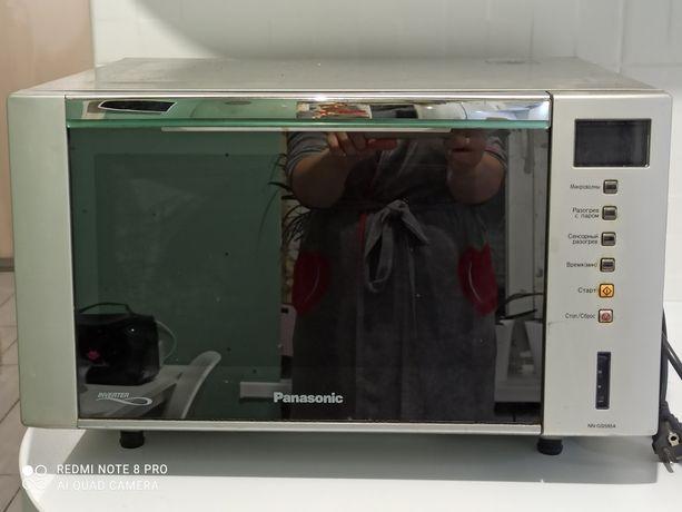 Panasonic NN-GS595A