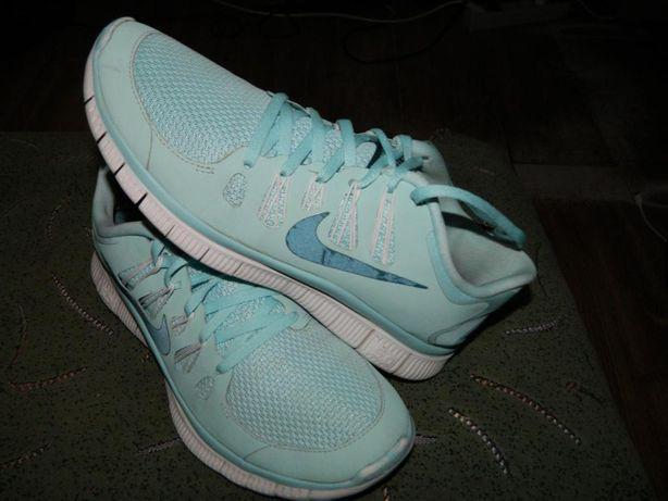 Кроссовки Nike Free 5.0 оригинал фирменные размер 40,5 стелька-26см