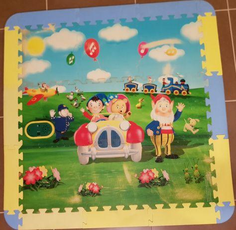 Tapete/puzzle mágico e musical do Noddy