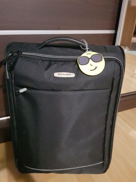 Identyfikator, adresownik, zawieszka do bagażu