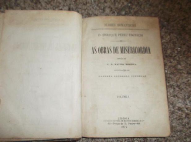 livros religiosos e bíblias antigas