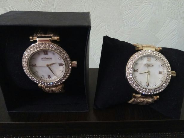 Продам часы от Орифлейм
