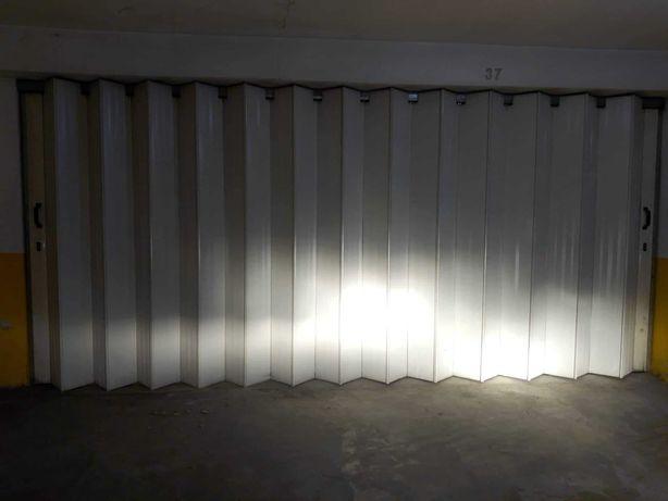 Garagem à venda (35 m2)