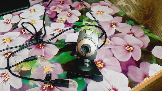 Веб камера Trust