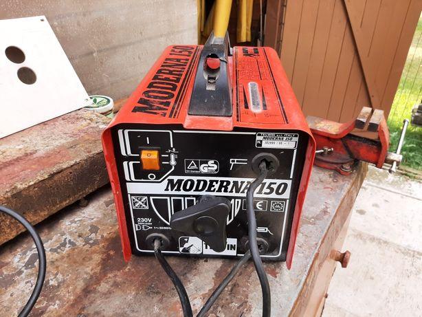 Spawarką  moderną 150