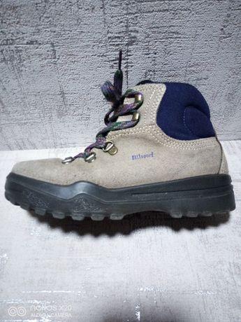 Ботинки детские Outdoors, 34 р-р.