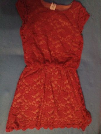 Koronkowa sukienka C&A