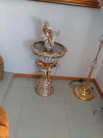 Fonte decoração.