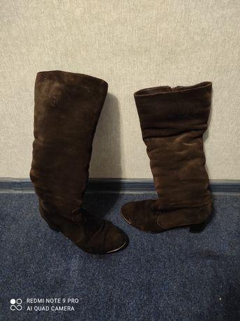 Продам сапоги натуральный замш коричневые.37-38 размер