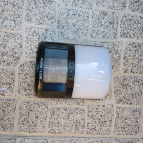 Sensor de luz e alarme