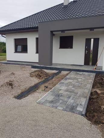 Układanie kostki brukowej i ogrodzenia panelowe i betonowe