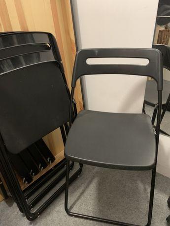Czarny stół i 4 krzesła