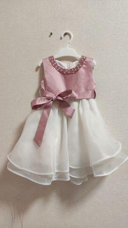 Платье детское на крестины годик нарядное бальное розовое красивое