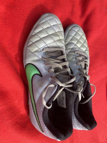 Korki Nike Tiempo