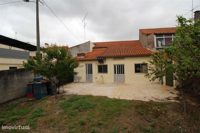 Moradia Geminada, 3 quartos, Coimbra, São Martinho