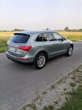 Sprzedaż Audi Q58R