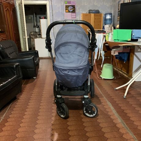 Детская трансформирующаяся коляска 3 в 1 Teutonia Be You V3